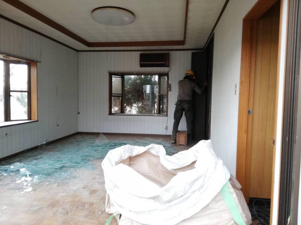 稲沢の解体現場の室内の様子